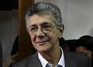 Ramos Allup llegó a Washington para intervenir en sesión de la OEA