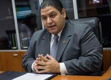Rector Rondón afirma que es posible realizar revocatorio a finales de octubre