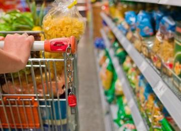 Dos ingresos mínimos aumentados compran menos de 35% de la Canasta Básica
