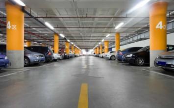 Propietarios de estacionamientos plantean que tarifa debe ser de Bs 130 por hora