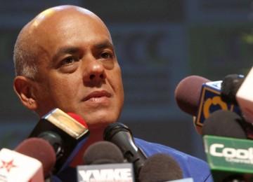 """Jorge Rodríguez: Pediremos que se detenga proceso por el revocatorio en caso de """"agresiones"""" al CNE"""
