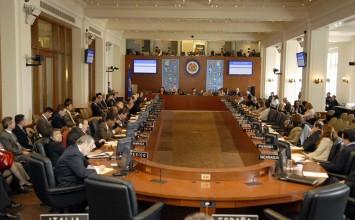 OEA aprobó resolución de apoyo al diálogo en Venezuela