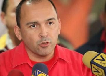 """Ministro Torrealba: """"Estamos claros en la necesidad de la recuperación progresiva del salario"""""""