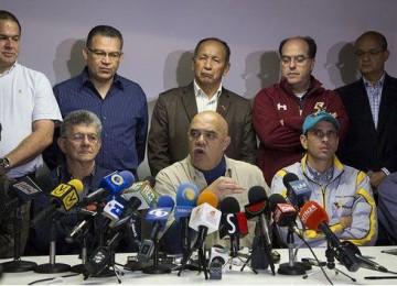 """""""Chúo"""" Torrealba: El gobierno quiere perpetuarse en el poder con violencia"""