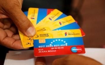 Dos salarios mínimos más bonos y tarjeta permitirían adquirir menos de la mitad de la Cesta Básica