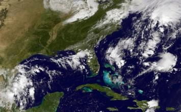 Huracán Matthew ocasionaría olas de más de 2 metros en Venezuela