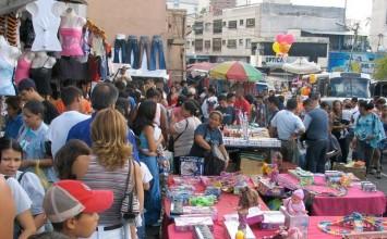 """""""50% de los venezolanos se dedica al comercio informal"""""""