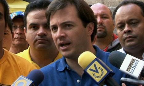 Ramón Muchacho: Enchufados no han visto a venezolanos comiendo de la basura