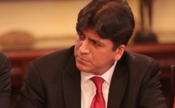 Ministro Medina: Ingresos tributarios para el presupuesto de 2017 serán de Bs 7 billones