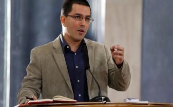 Ministro acusa a Julio Borges de boicotear desarrollo del arco minero