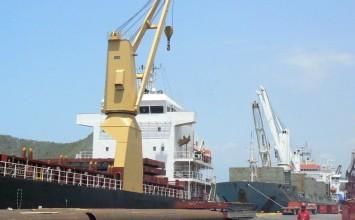 Llegaron 772 toneladas de alimentos al puerto de Guanta