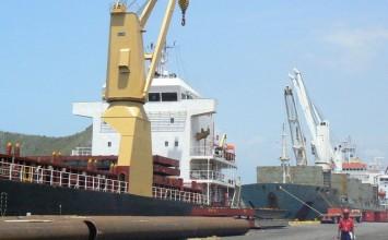 Llegaron más de 3.900 TM de alimentos al puerto de Guanta