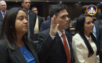 Juramentaron a Rosmit Mantilla como diputado suplente