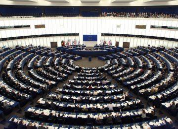 Parlamento europeo pide elecciones y condena la represión en Venezuela