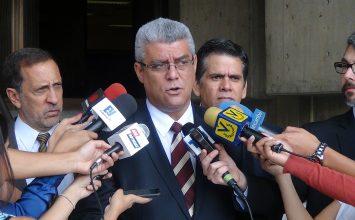 Marquina: Contralor general debería investigar sobreprecio en cajas CLAP