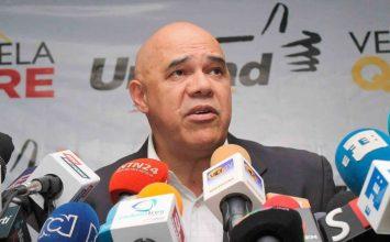 """""""Chúo"""" Torrealba: """"Hay que reestructurar la MUD para hacerla más útil al país"""""""