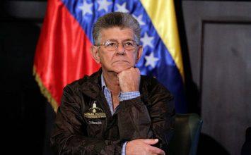Ramos Allup denunció página falsa de la oposición que revende productos