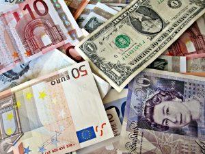 DOLAR EUROS