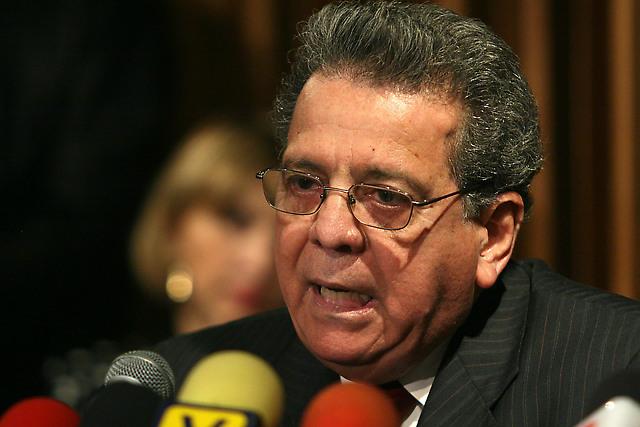 Isaías Rodríguez criticó gestión de la ANC y crisis económica del país
