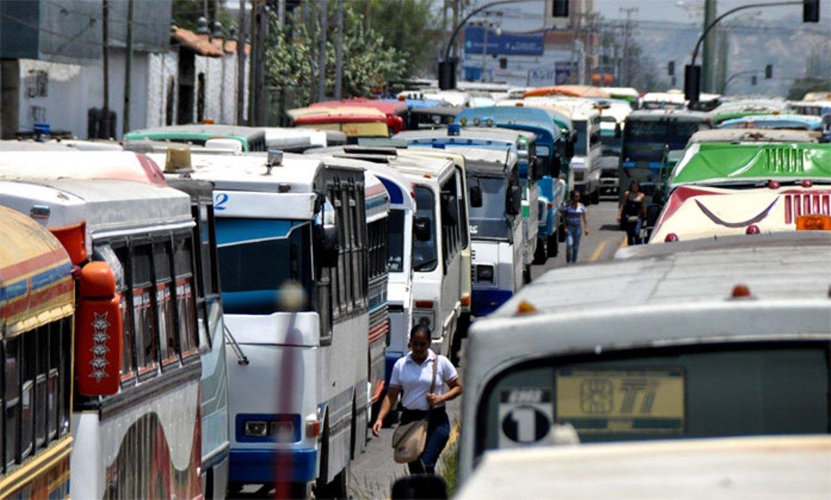 Pasaje de Caracas a La Guaria costará 8.000 bolívares