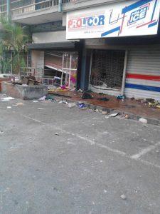 Saqueo Guarenas 8