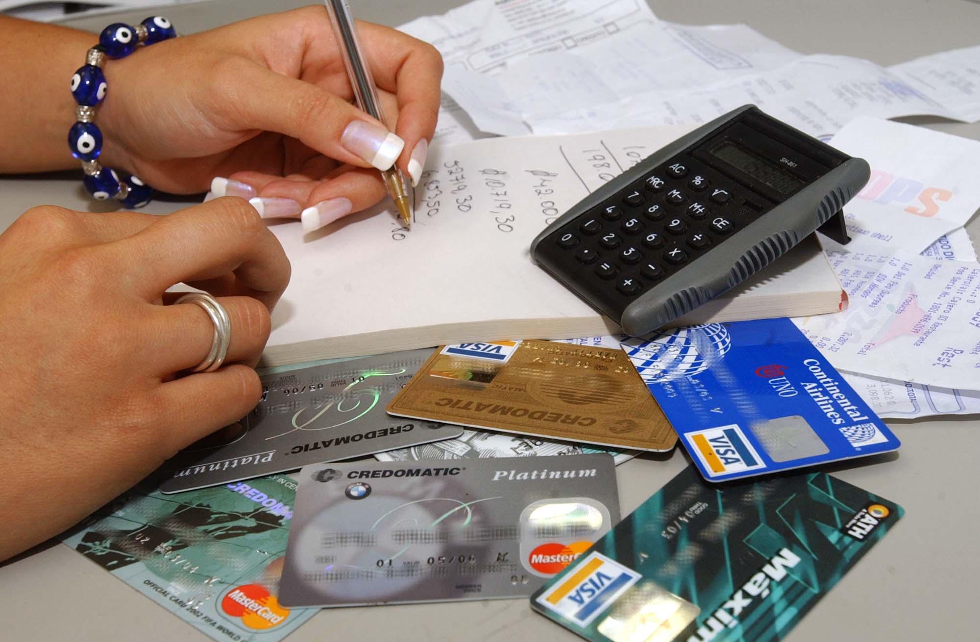 Aumentan límite de tarjetas de crédito hasta Bs. 36 millones