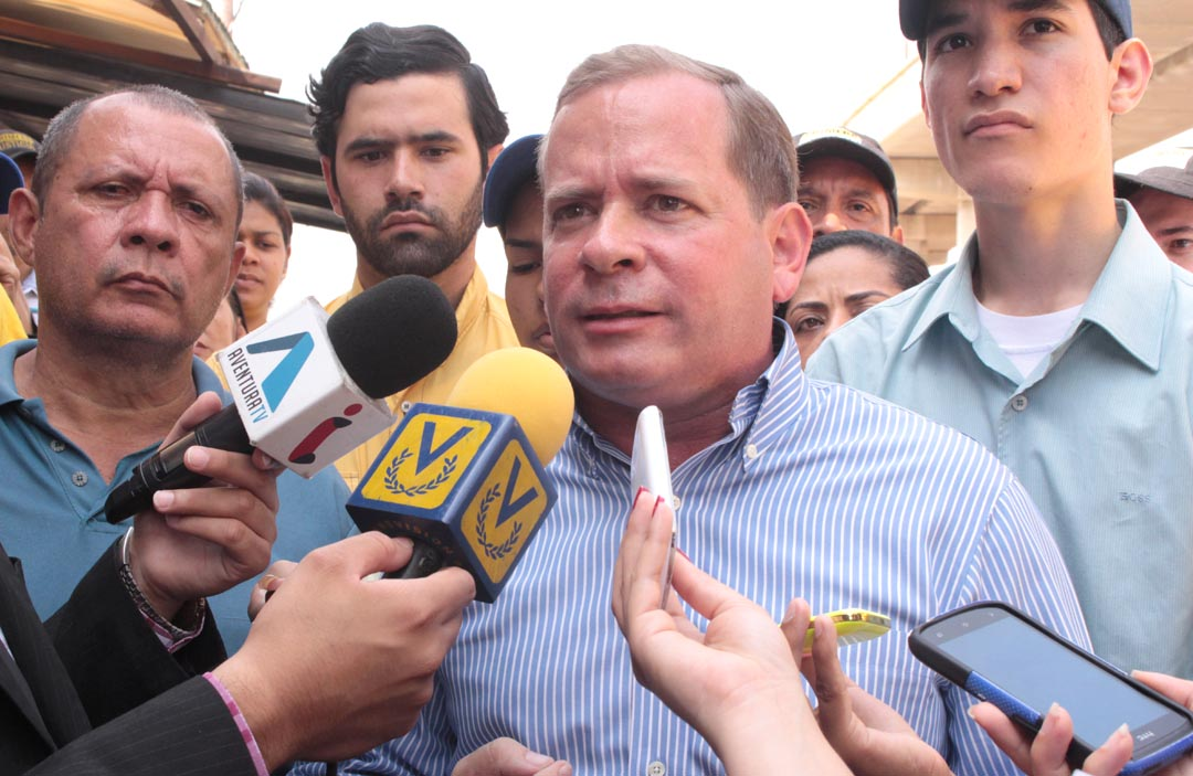 Gobernadores adecos acusan a Guanipa de preferir injerencismo