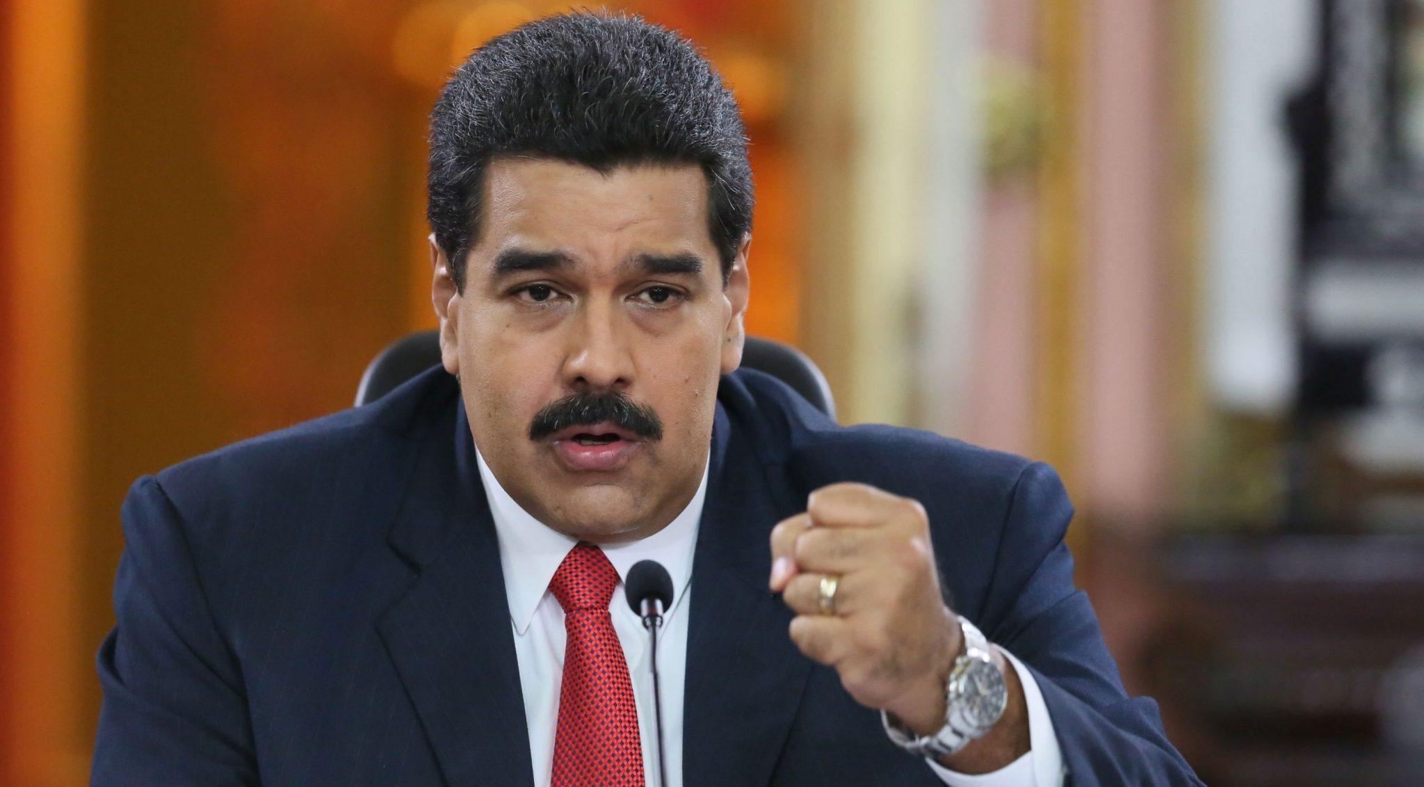 Maduro pide investigar a directores de Facebook en Venezuela