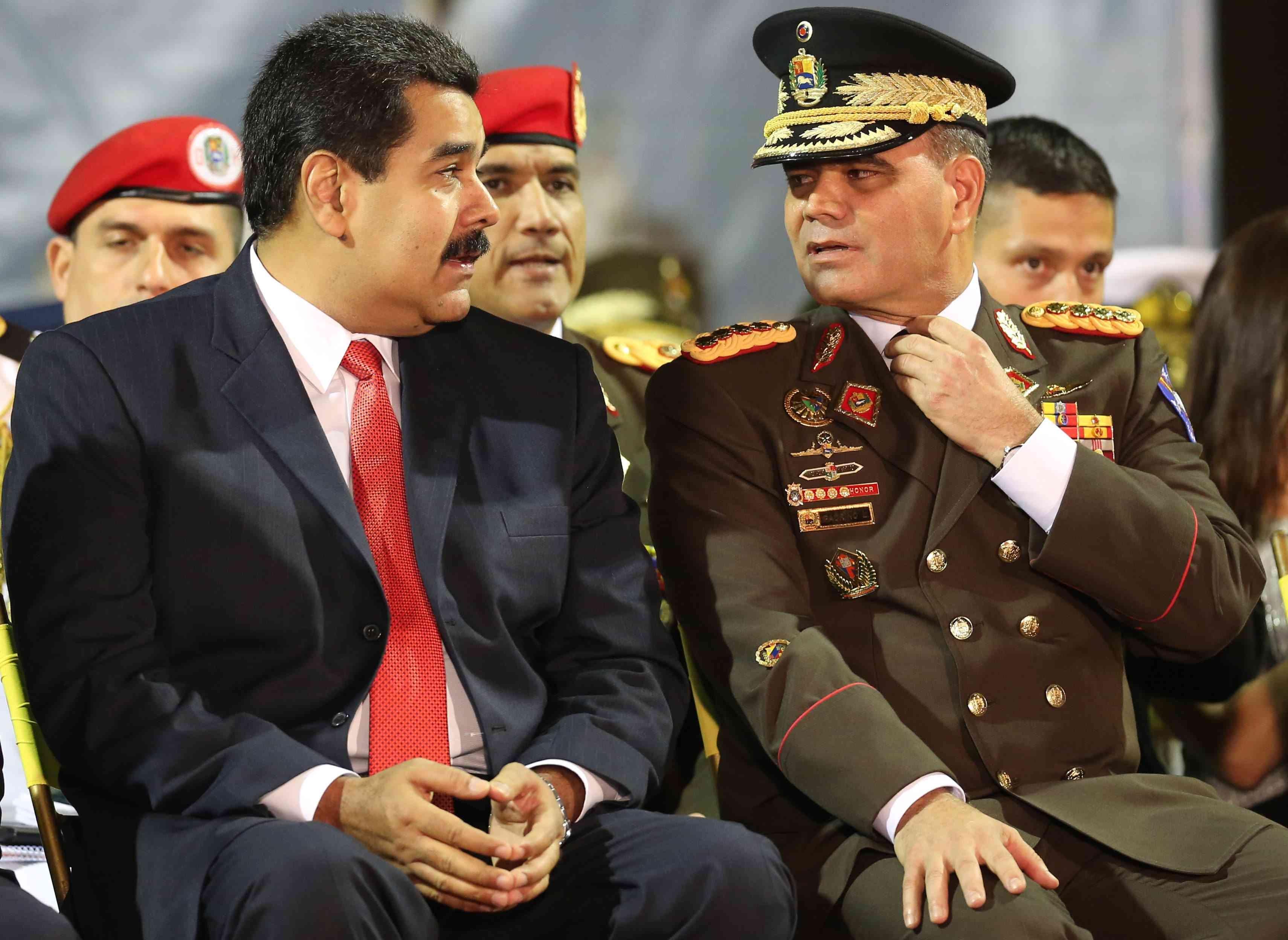 Maduro y Padrino López
