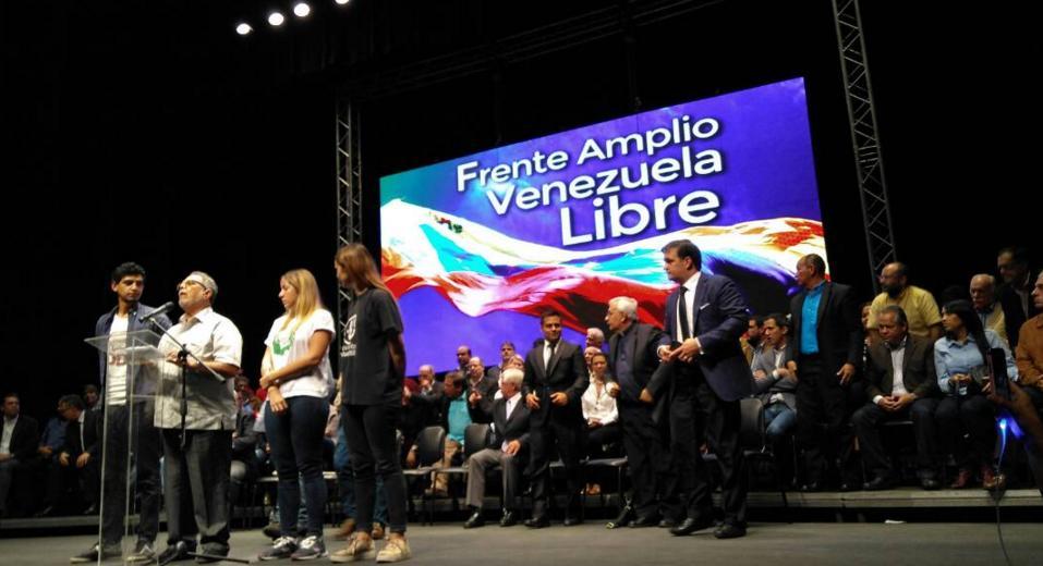 Oposición creó frente por elecciones