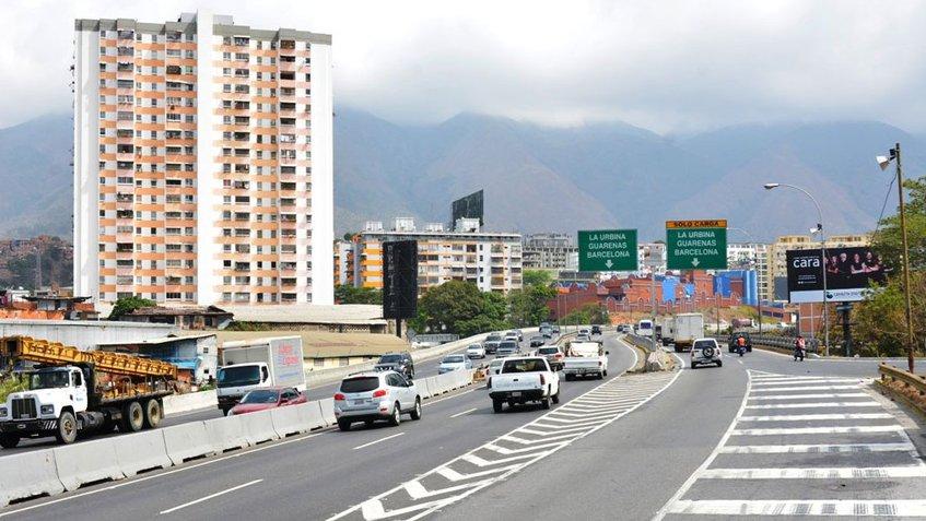 Maduro invita a transportistas a participar en el Censo Nacional de Transporte