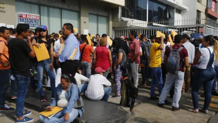Venezolanos entrarían a Perú sin pasaporte