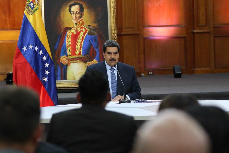 Presidente Nicolás Maduro denuncia un