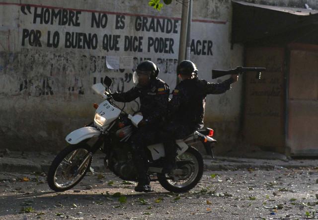 Al menos 13 muertos en las protestas contra Maduro en Venezuela