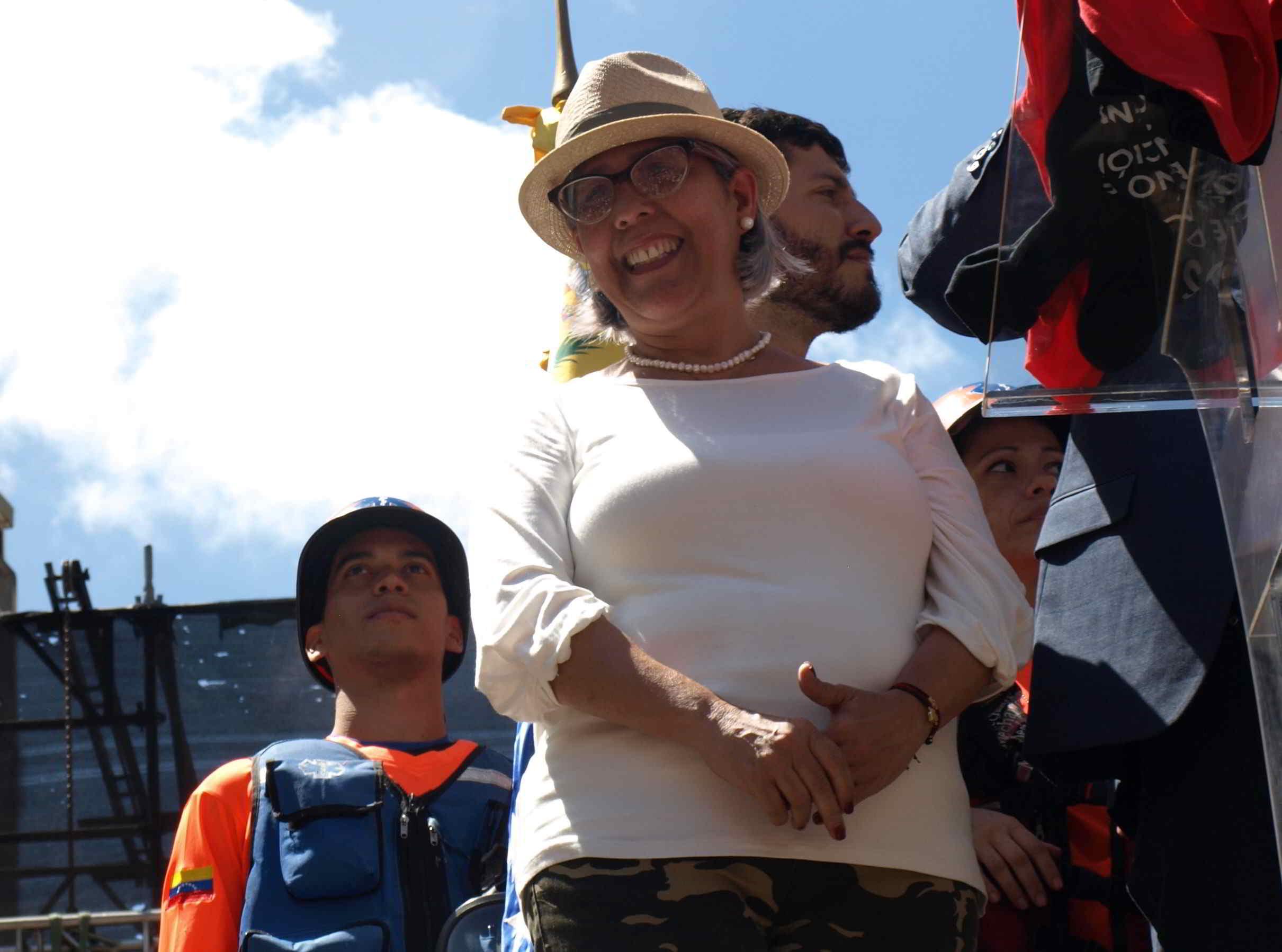 La mamá del presidente encargado hizo acto de presencia en la concentración