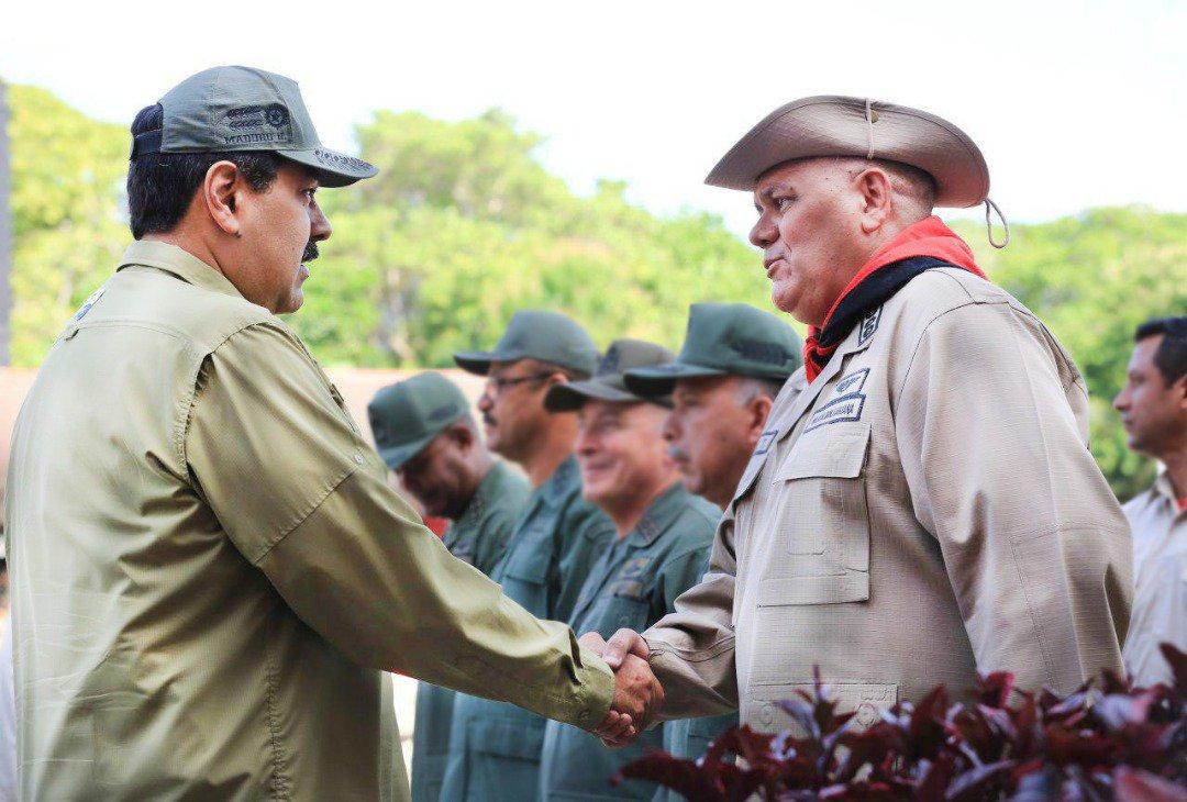 Maduro nombra a un general como nuevo ministro de alimentación