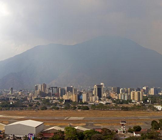 Calima sobre Caracas. Crédito: Xondra Gálvez