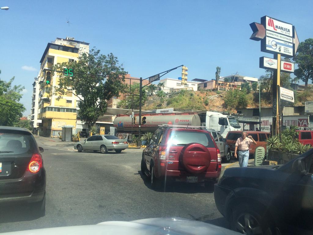 PDVSA desmiente que haya fallas en el suministro de gasolina