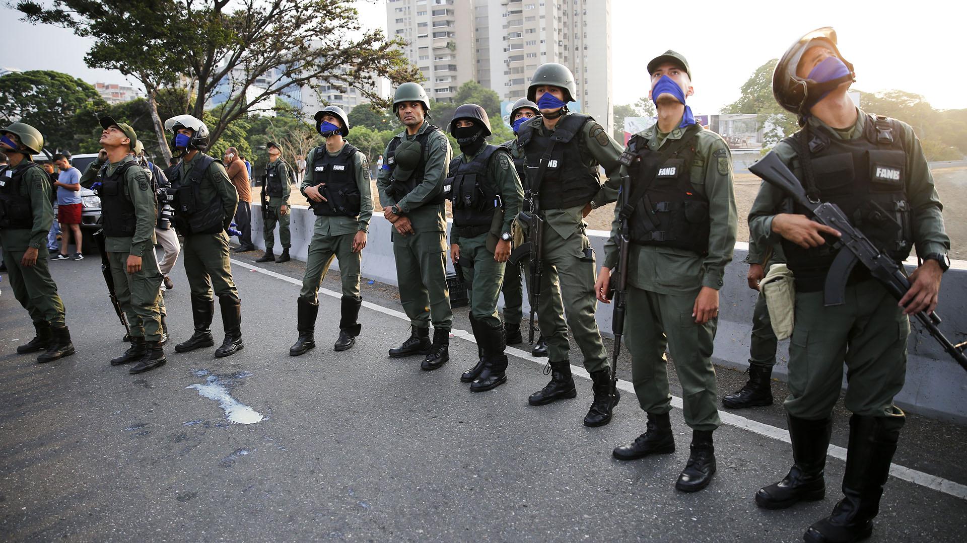 Mike Pompeo denunció que 60 % de los venezolanos se acuestan sin comer
