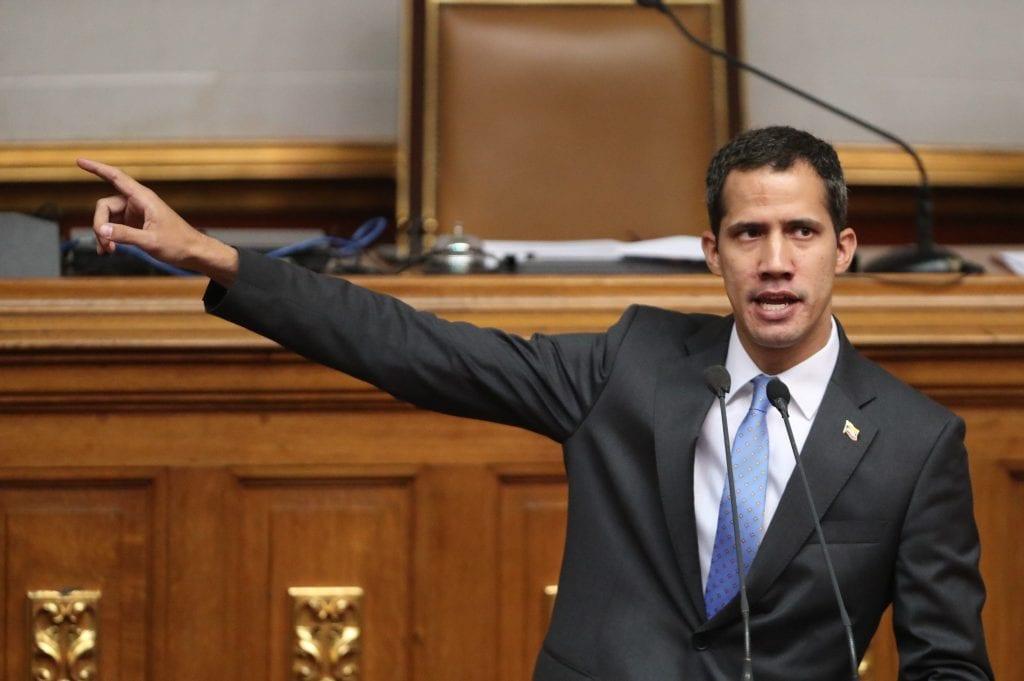 Hoy Venezuela se debate entre la vida y la muerte — Guaidó