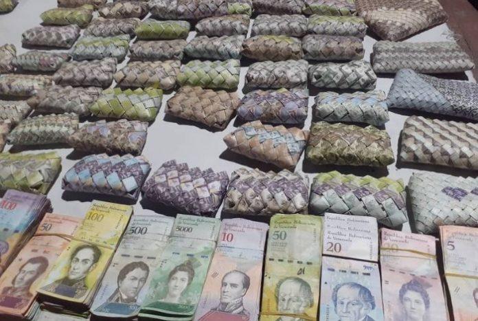 Billetes Venezolanos Son Usados Para Artesanías En Colombia Descifrado