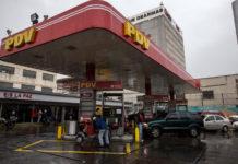 Gasolina iraní pudiera costar 0,2 dólares o Bs. 40.000