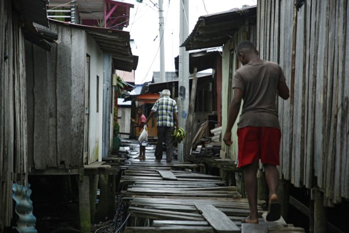 desempleados de latinoamérica