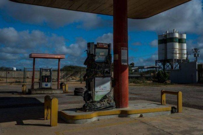 ¿Por qué la nueva gasolina podría estar causando fallas en los carros?
