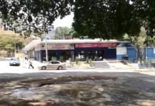 Reventó en Caricuao tubería de aguas limpias