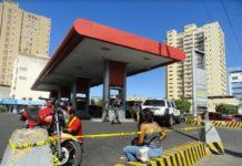 """Diputado González Moreno: """"Usurpación se roba las gasolineras para entregárselas a Irán"""""""
