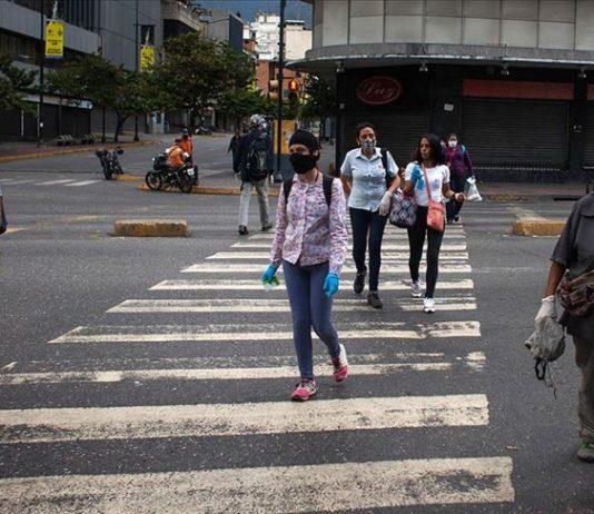 """¿Cuáles son los """"elementos"""" qué deprimen la economía venezolana?"""