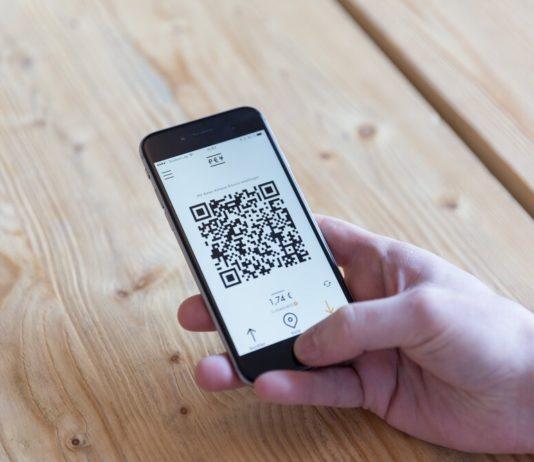 PEY.cash, una aplicación que permite acceder a dólares desde el celular