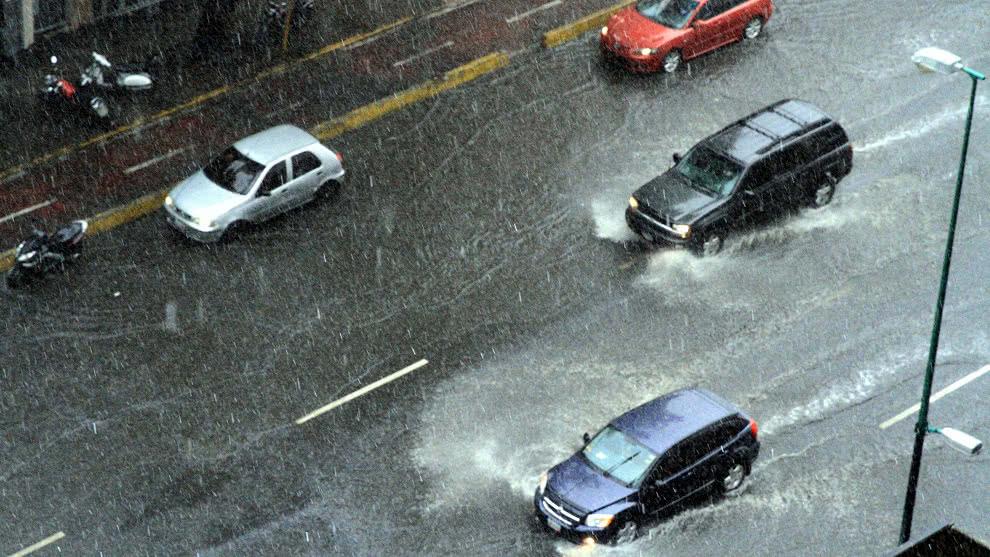 El Centro Nacional de Huracanes de Estados Unidos alerta sobre posible ciclón que afecte a Venezuela