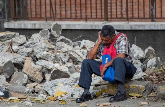 Un venezolano debe trabajar más de siete meses para comprar ocho productos